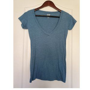 UO | BDG Blue V-Neck Tee
